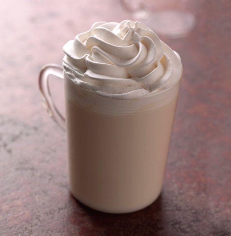 white_hot_chocolate_starbucks.jpg