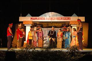 Seni Teater Tradisional Yang Terkenal Di Indonesia